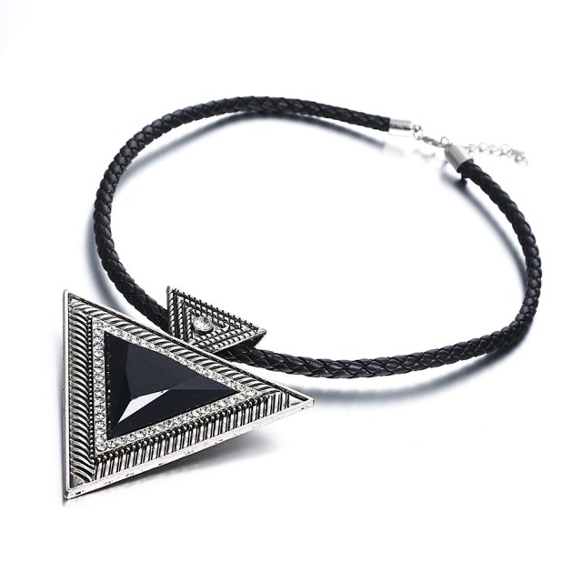 Women's Stylish Geometric Necklace