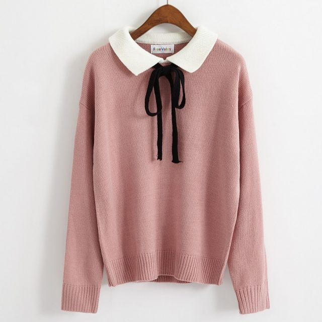 Women's Kawaii Sweater With Bow